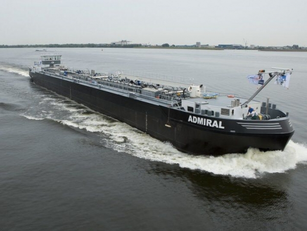 "Barge ""Admiral"" added to S4M fleet"